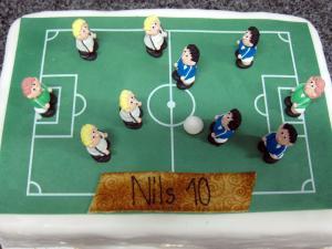 Fussball-Torte mit Spielfeld